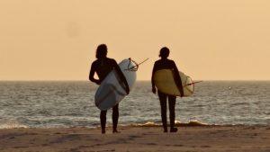 st-peter-ording-surfen-wellenreiten-nordsee-ferienwohnung